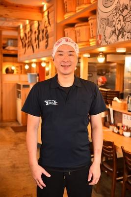 店長の近藤智行さん「3日間熟成させたプリプリ・モチモチ食感の自家製麺もこだわっています」