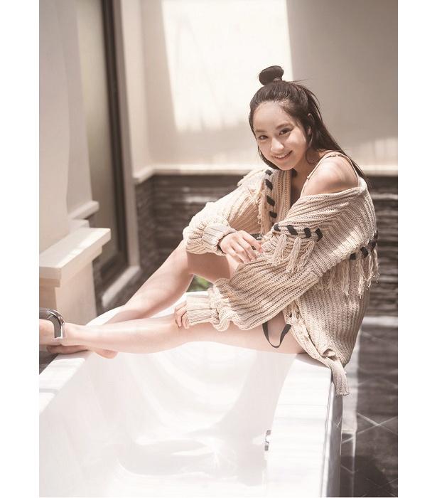 平祐奈が20歳を記念した写真集を発売