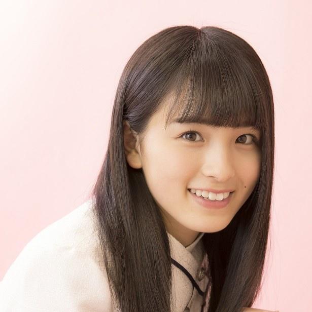 【写真を見る】秋元真夏に「ももすけ」と命名された大園桃子