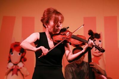 世界を舞台に活躍するジャズ・バイオリニストの寺井尚子氏によるスペシャルステージも開催