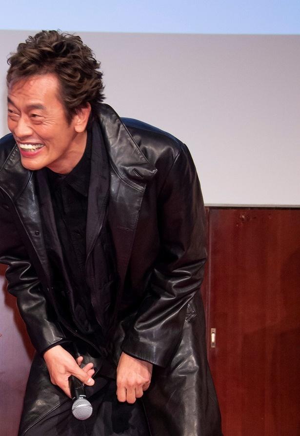 中島健人にダンスのクオリティを否定され、大爆笑の遠藤憲一