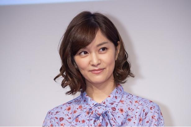 小平美希役の石橋杏奈