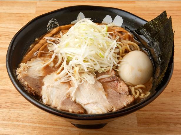 「麺 大仏」の「大仏ラーメン」(950円)