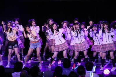 出演メンバー全員で「SKE48」を披露!