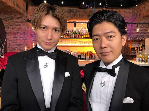 【写真を見る】MCを務めるのは女子の心を持つイケメン俳優・井深克彦(写真左)とうしろシティ・阿諏訪泰義