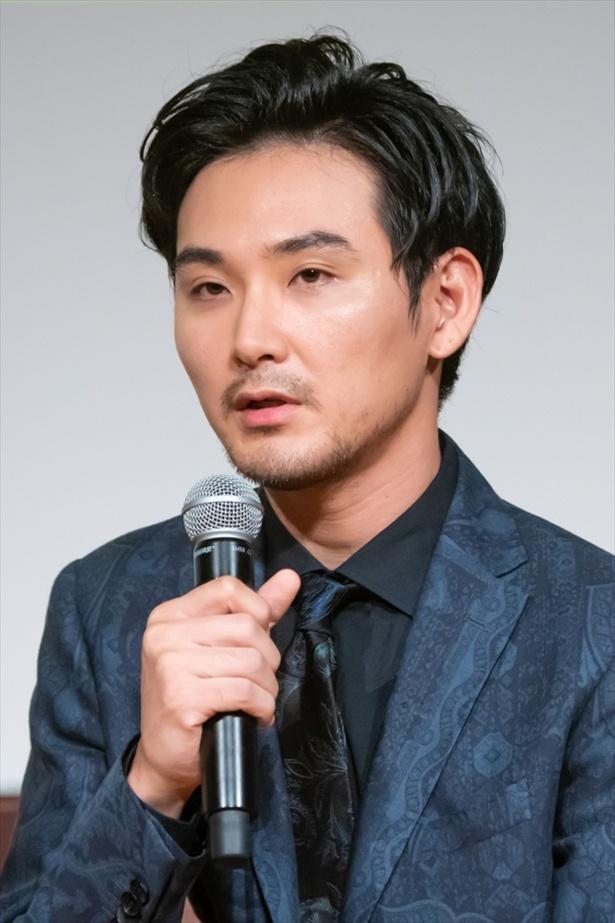 「獣になれない私たち」完成披露試写会の松田龍平