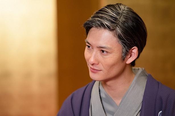 【写真を見る】老け顔メイクが神々しい!岡田将生演じる老年の八雲