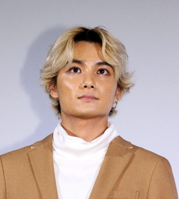 他の作品の撮影で金髪となっている矢野聖人は「本編では太一はこんな金髪じゃありません」と笑わせた