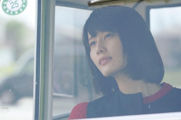 """橋本愛主演映画「ここは退屈迎えに来て」は、キャラクターと""""車""""に深い関りが!"""