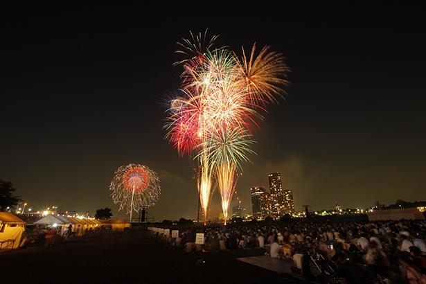 今年から秋開催になった多摩川花火大会
