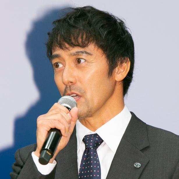 【写真を見る】佃航平を演じる阿部寛、社長としての貫禄も?