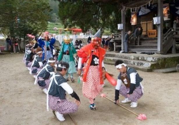 大分県の無形民俗文化財に指定されている「本城くにち」