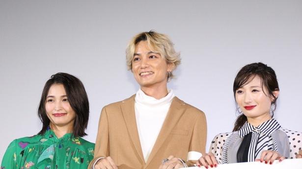 舞台あいさつに登壇した岡本玲、矢野聖人、武田梨奈(写真左から)