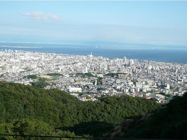 長田側山頂の高取神社から見える景色