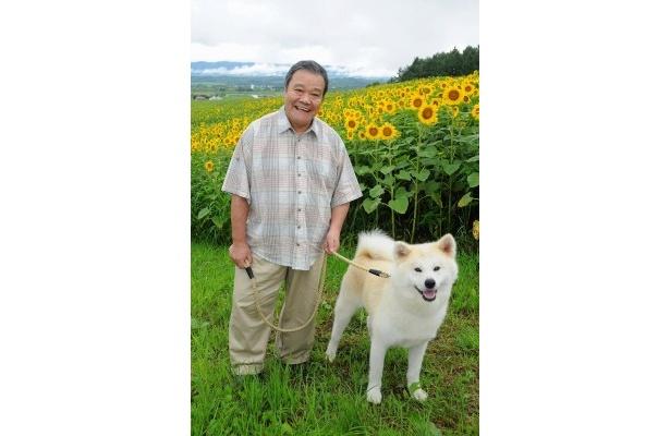 村上たかし原作映画『星守る犬』にクランクインした西田敏行とハッピー