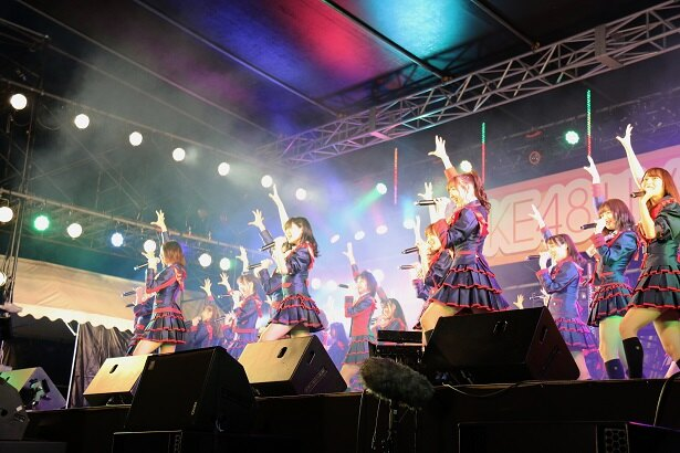 10月14日、SKE48が愛知・蒲郡のラグーナテンボスでライブを行った(写真はM1「無意識の色」)