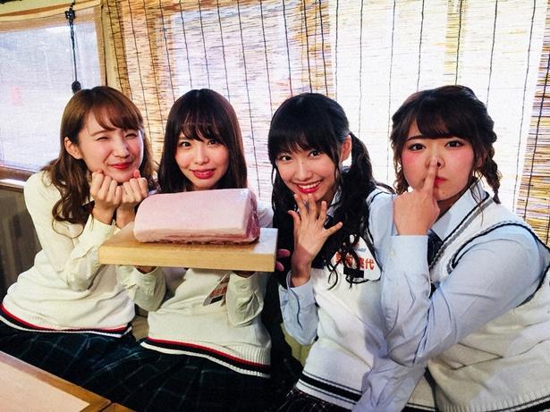 SKE48がブランド豚「恋美豚」を使ったおむすび作りに挑戦