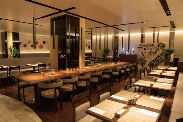 180席の広い店内には、ボックス席や個室など多彩な席がある/リーガロイヤルホテル京都 オールデイダイニング カザ