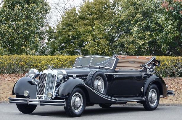 ホルヒ 853 (1937・独)。メルセデス・ベンツより安価で高性能と評価された車両だ