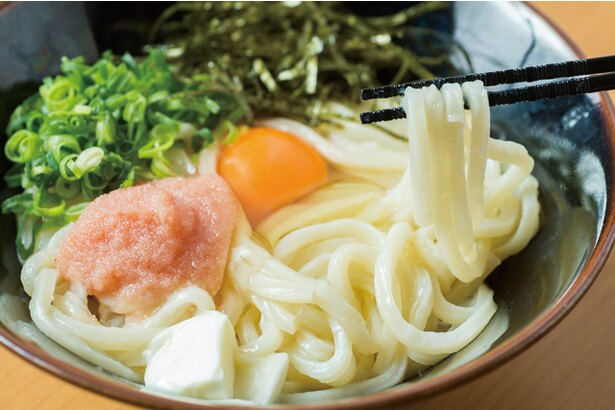 博多うどん居酒屋 泰吉 / 「釜たま明太カルピスバター」(680円)。高級バターを使用