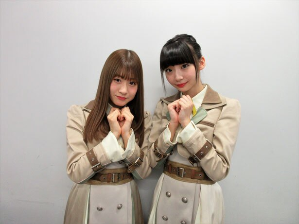 NGT48の加藤美南(左)・荻野由佳(右)