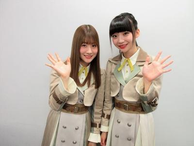 【写真を見る】NGT48の加藤美南(左)・荻野由佳(右)