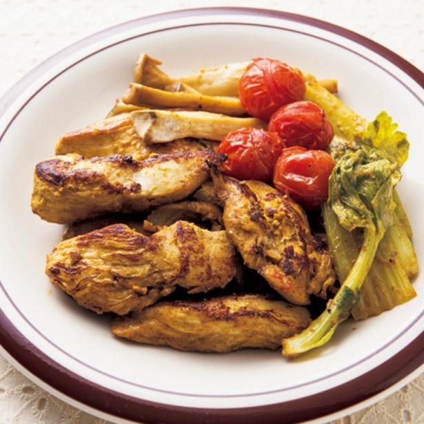 安いとりむね肉が大変身! フライパンで作るタンドリーチキン3選
