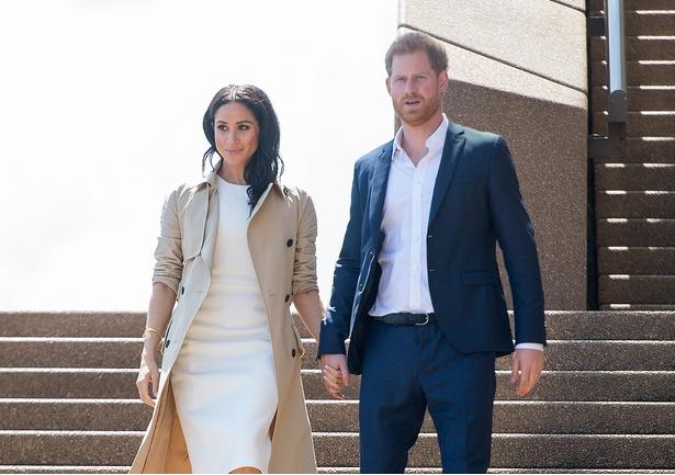 オセアニアツアーを進めるヘンリー王子とメーガン妃