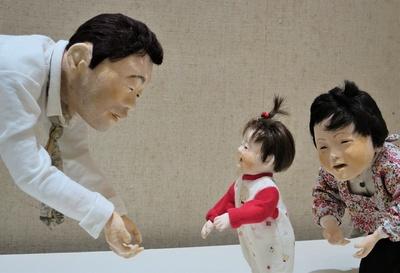 独特の雰囲気を醸す大滝博子作の創作人形たち