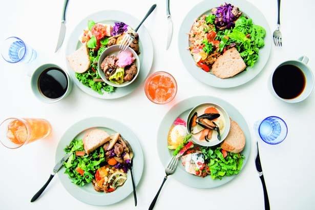 温菜・冷菜合わせて3品を選ぶ、選べる3DELI(1134円)/旬穀旬菜