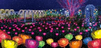 5000本の光のバラが咲く「光のフラワーステージ」