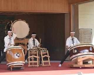 全国から太鼓のプロフェッショナルが伊勢神宮に大集結!力強いパフォーマンスに釘付け!!