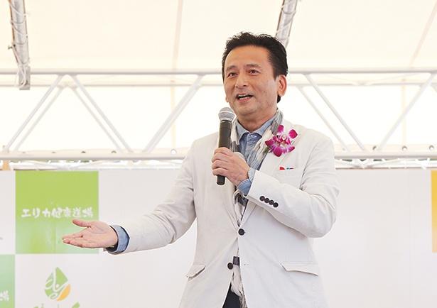 サプライズ登場した佐賀県知事の山口祥義氏