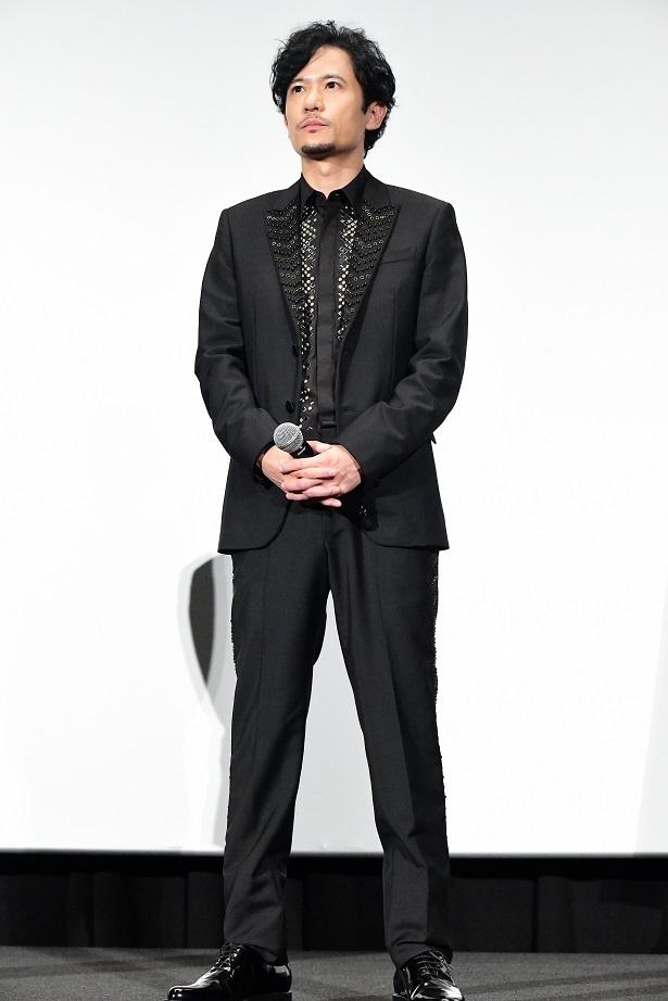 稲垣吾郎、共演の長谷川博己を「『まんぷく』のお兄さんにしか見えなくて…」