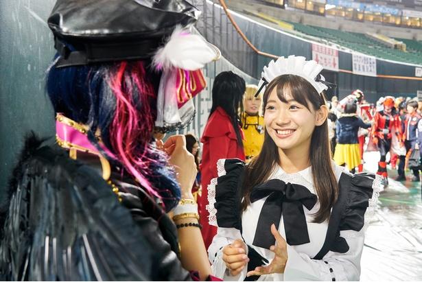 東京から引っ越してきたばかりと話すちゃむさんに「私も関東出身なんです」と盛り上がる茉里奈さん