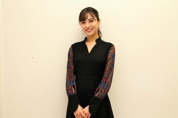 ドラマ「黄昏流星群 ~人生折り返し、恋をした~」に出演の石川恋にインタビュー!