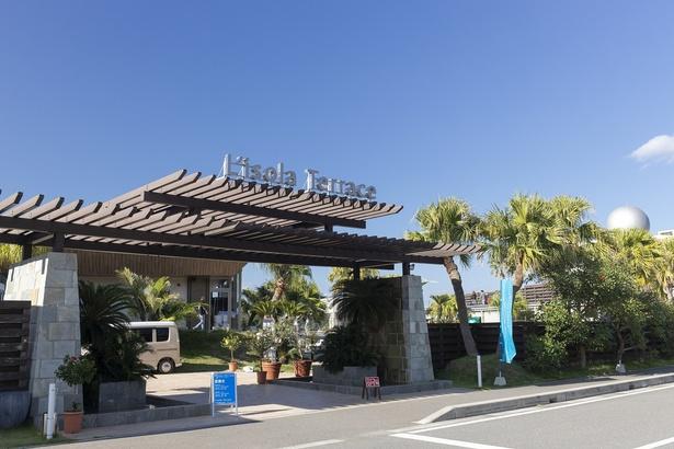 天草の新たな観光名所として、世代を問わず人気となっている「リゾラテラス天草」