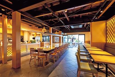 元は別荘だった築80年ほどの日本家屋をリノベートした店内/MACCHA HOUSE抹茶館清水産寧坂店