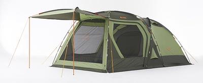 LOGOSを代表する2ルームテント「neos PANELスクリーンドゥーブル XL」(税抜5万1400円)。大型リビングルームと家族5人でもゆったりできる寝室を備え、ファミリーキャンプにぴったり!