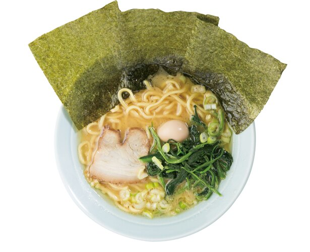 「ラーメン並(醤油)」(680円)/萬来亭