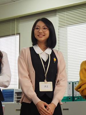 叶の後輩の同僚・ユキちゃん(白濱幸)を演じる武田玲奈