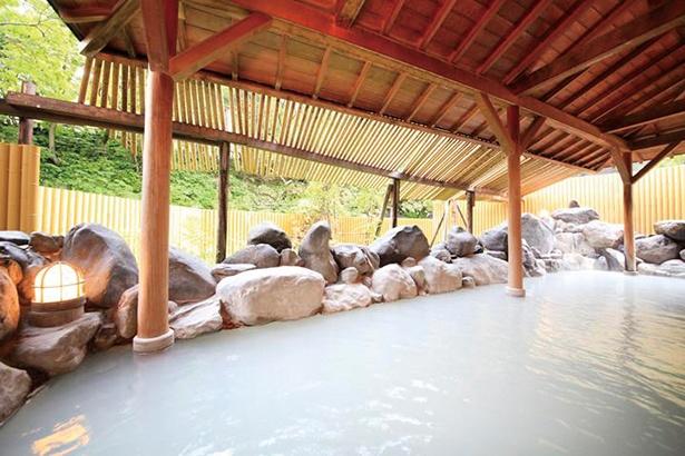 登別温泉パークホテル雅亭の硫黄泉