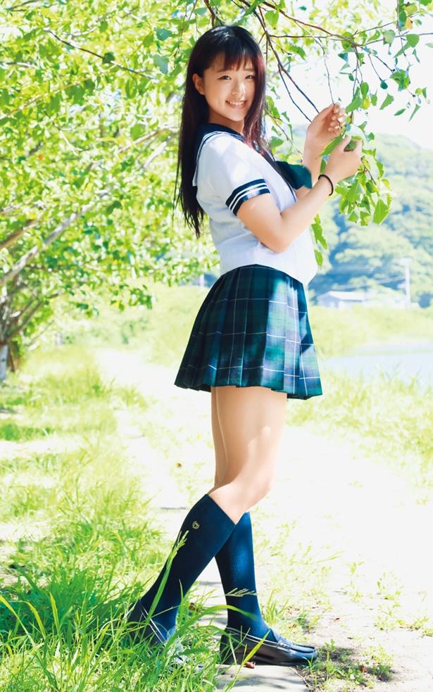 太田和さくらDVD「微笑み集めて」(エスデジタル)より