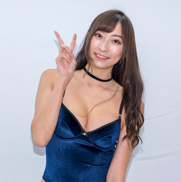 緒方咲DVD&Blu-ray「Supreme」(ラインコミュニケーションズ)発売イベントより