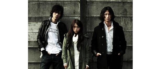 左から林野健志、黒澤ゆりか、秋山真太郎。日本映画界に新たな風を巻き起こす、新鋭俳優たちの活躍に期待が高まる
