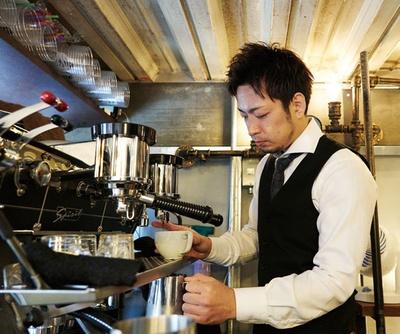Coniglio / 伊東さんは、日本のラテアート大会で優勝に輝き、アメリカやアジアの大会で2位に入賞する腕前
