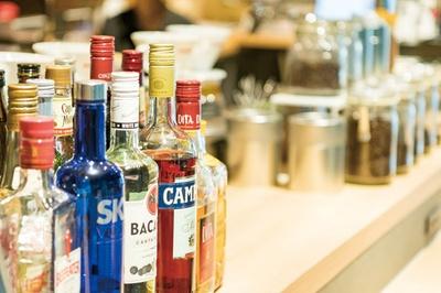 AROMA CAFÉ / バーとしても活躍。10月よりフードメニューも増やした