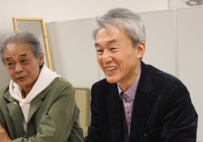 プリキュアシリーズの生みの親でもある、鷲尾プロデューサー(写真 右)と西尾ディレクター(写真 左)。この2人からプリキュアの歴史は始まった