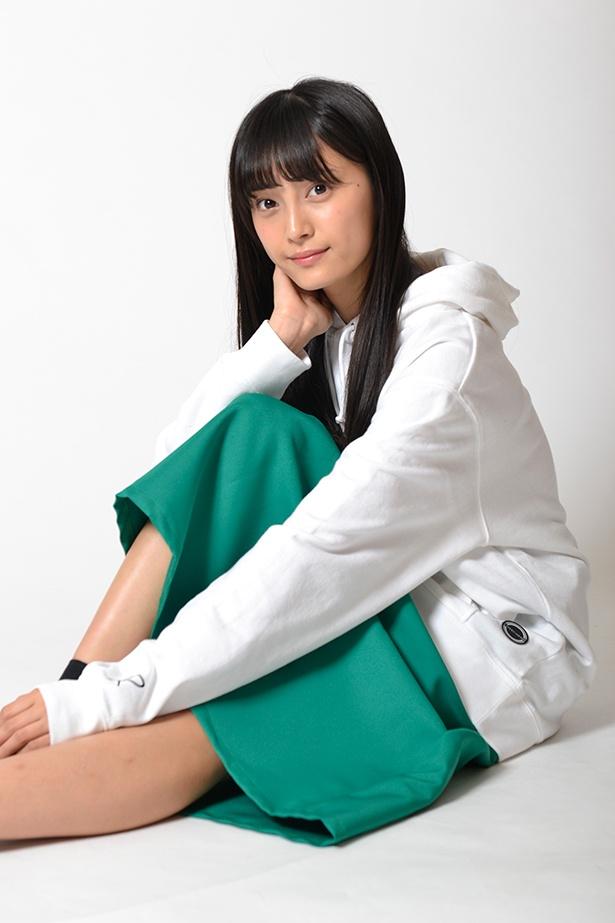 ティーン向けファッション誌ではモデルを務める