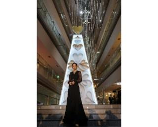 表参道ヒルズのクリスマス点灯式に桐谷美玲が初登場!